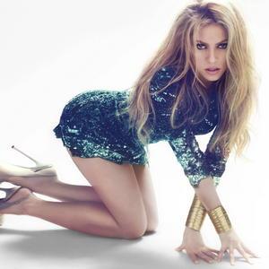 Shakira sexy photoshoot nude