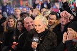 Дженни Маккарти, фото 1422. Jenny McCarthy Dick Clark's New Year's Rockin' Eve at Times Square in NYC - 31.12.2011, foto 1422