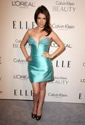 http://img260.imagevenue.com/loc467/th_61023_Tikipeter_Anna_Kendrick_ELLEs_Women_in_Hollywood_Tribute_017_122_467lo.jpg