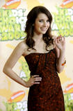 http://img260.imagevenue.com/loc99/th_20064_Emma_Roberts_2009-03-28_-_Nickelodeon0s_22nd_Annual_Kids0_Choice_Awards_559_122_99lo.jpg